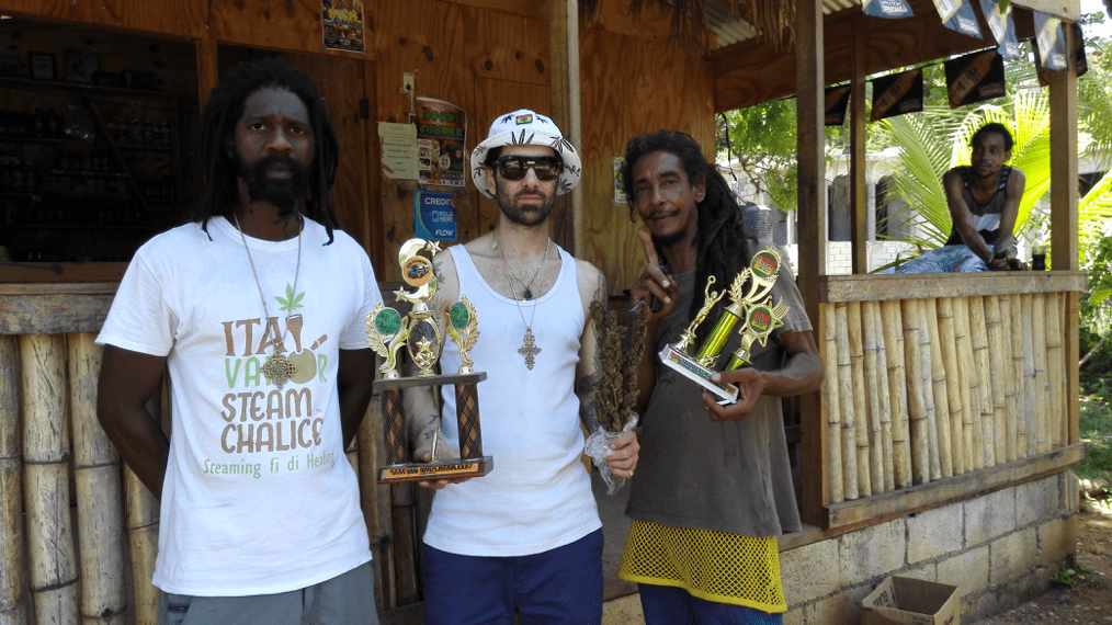 Figure 16: Ras Kalheb and Sebastien with King Lawyer's, the 2 times Stepping High cup 2014 and 2015