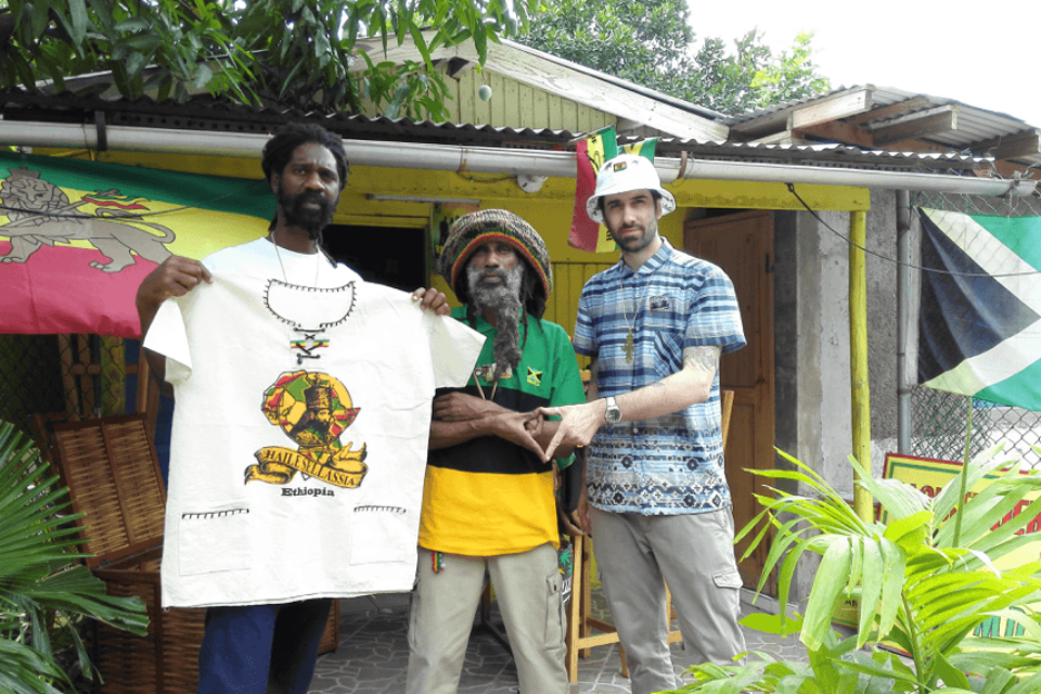 Welcome (back) to Jamrock: Alpha-cat's Latest Expedition